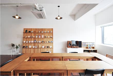 Offices & stores by (주)스튜디오360플랜