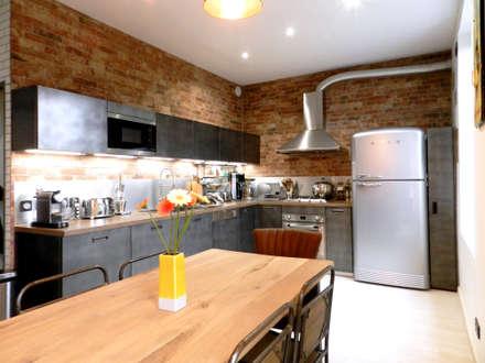 مطبخ ذو قطع مدمجة تنفيذ Sacha Goutorbe | Architecte d'intérieur