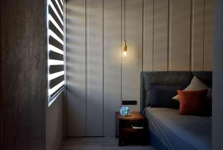 萬華LOFT風:  臥室 by 星葉室內裝修有限公司