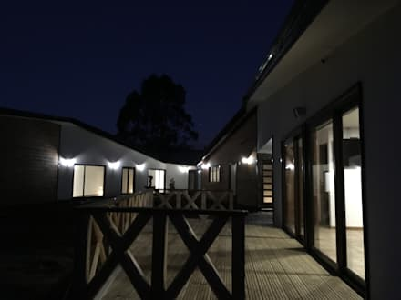 منزل خشبي تنفيذ Nomade Arquitectura y Construcción spa