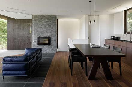 Salas / recibidores de estilo asiático por atelier137 ARCHITECTURAL DESIGN OFFICE