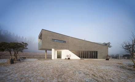 용인 평온의 집: 'Snow AIDe의  주택