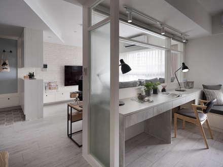 Estudios y biblioteca de estilo  por 寓子設計