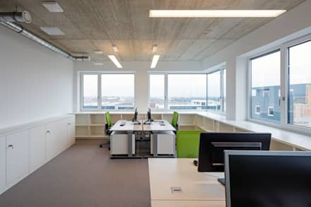 Office buildings by SCHOYERER ARCHITEKTEN_SYRA
