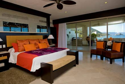 tropical Bedroom by Facere Arquitectura