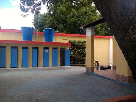 Front garden by Corporación Agua, Bricolaje, Paisaje