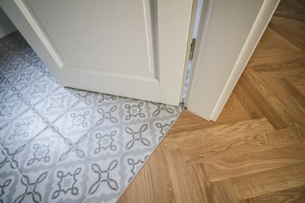 Detail Materialauswahl: skandinavische Badezimmer von Fiedler + Partner