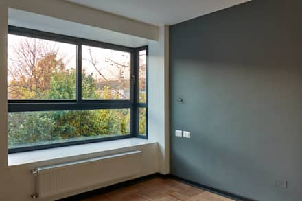 Dormitorio: Dormitorios de estilo moderno por LEON CAMPINO ARQUITECTURA SPA