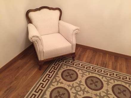 地板 by Interiorismo Cemar