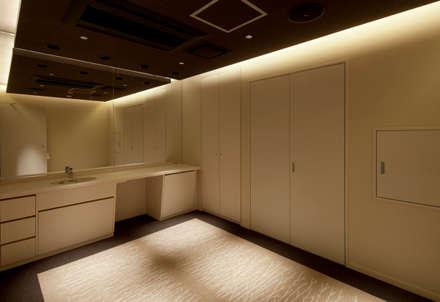 Clinics by 株式会社KAMITOPEN一級建築士事務所