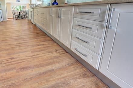 Residential Project, Northcliff: classic Kitchen by Wanabiwood Flooring