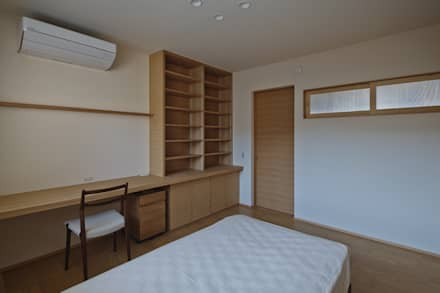 Dormitorios infantiles de estilo asiático de 空間工房 用舎行蔵 一級建築士事務所