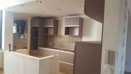 Obra Florida: Muebles de cocinas de estilo  por Laura Avila Arquitecta