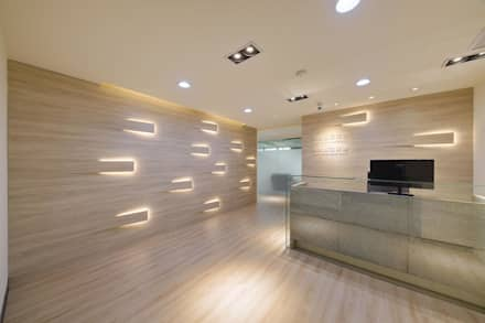 Offices & stores by 有偶設計 YOO Design