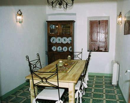 Comedor: Comedores de estilo rural de Mirasur Proyectos S.L.