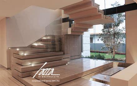 บันได by Lazza Arquitectos