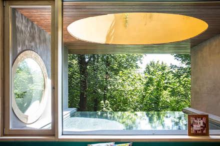 Piscinas de jardín de estilo  de Moretti MORE