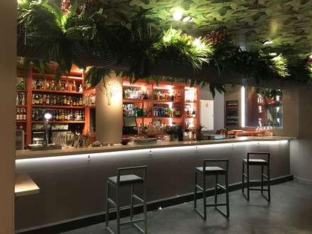 Bares y Clubs de estilo  por Irene Hoyos