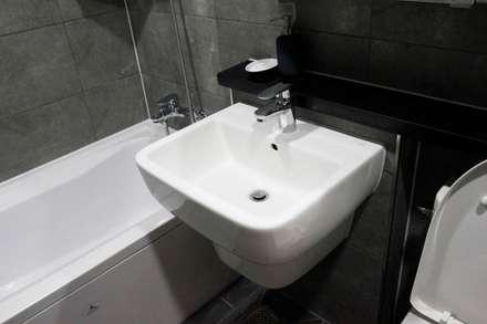 modern Bathroom by 그리다집