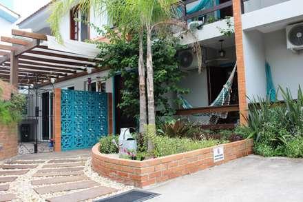 Khách sạn by Escritorio de Arquitetura Karina Garcia