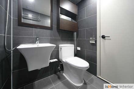 신혼집 꾸미기 30평 김포아파트 인테리어: 이즈홈의  화장실
