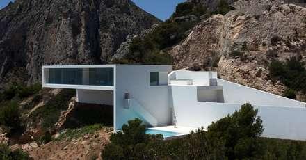 mediterranean Houses by FRAN SILVESTRE ARQUITECTOS