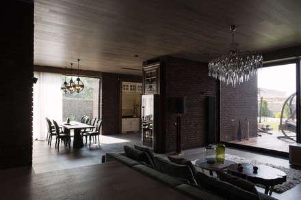 Архитектурная студия Чадо의  지붕