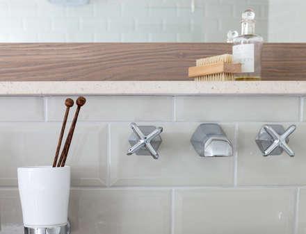 Rural Retreat: classic Bathroom by Pfeiffer Design Ltd