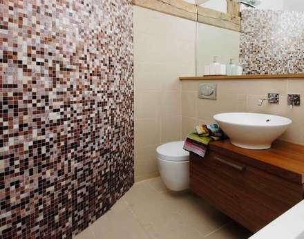 Oast House Restoration: country Bathroom by Pfeiffer Design Ltd