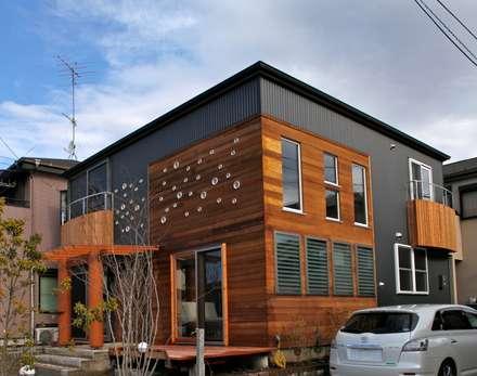 Holzhaus von 株式会社高野設計工房