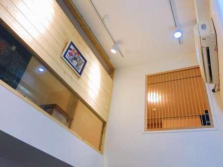 安全與設計並存:  走廊 & 玄關 by 圓方空間設計
