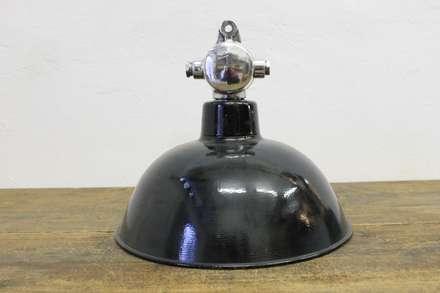 """""""GOTHA S POLIERT"""" Original Fabrik Industrie Lampe Bauhaus Design:  Ladenflächen von Lux-Est"""