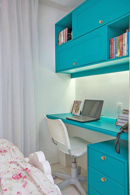 RI Arquitetura의  여아 침실