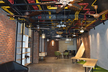 Interior Commercial Space : asian Media room by Planet Design India