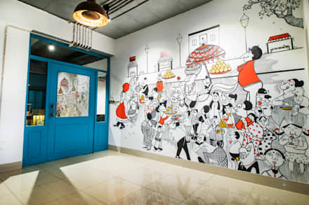 Enterance Lobby:  Commercial Spaces by Skywalk Designs