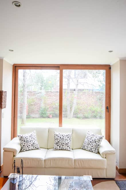 หน้าต่างไม้ by Arqbau Ltda.