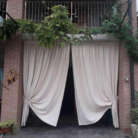 outdoor: Casa di campagna in stile  di zinesi design