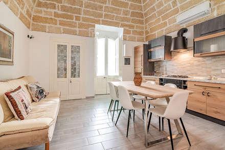 Cucina: Sala da pranzo in stile in stile Industriale di Facile Ristrutturare