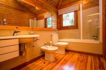 Um refúgio natural no Gerês: Casas de banho rústicas por Rusticasa