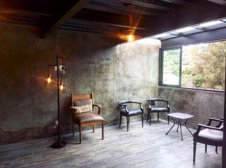 industrial Wine cellar by Integra Arquitectos