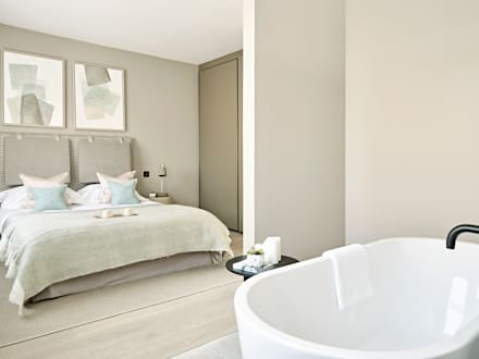 Master Bedroom with open plan bath area: industrial Bedroom by Tailored Living Interiors