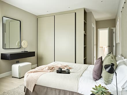 An urban chic mews in Fulham: industrial Bedroom by Tailored Living Interiors