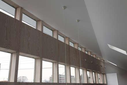 Окна в . Автор – 前田篤伸建築都市設計事務所