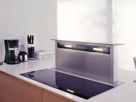 Residencial Naranjo: Módulos de cocina de estilo  de 2J Arquitectura
