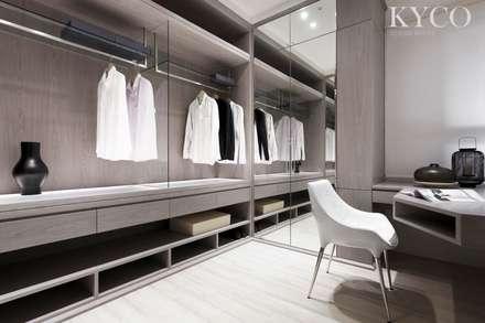 更衣室:  飯店 by 芮晟設計事務所