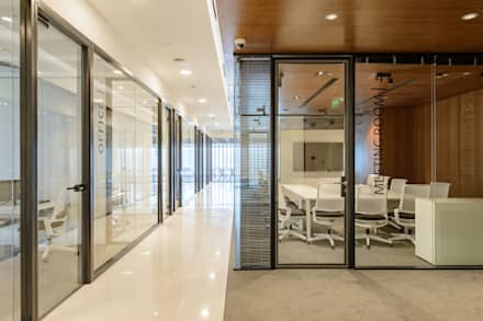 Offices & stores by YLAB Arquitectos