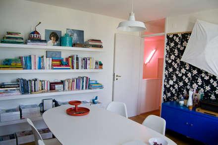 Escritório residencial : Escritórios e Espaços de trabalho  por Tangerinas e Pêssegos
