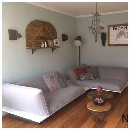 Interieur Design Privat Wohnbereich: skandinavische Wohnzimmer von Stilholz Pioch
