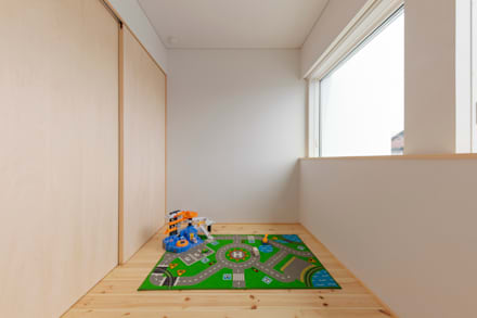 Teen bedroom by 五藤久佳デザインオフィス有限会社