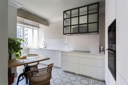 Built-in kitchens by Imaisdé Design Studio
